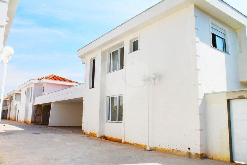 Casa de 3 dormitórios em Jardim Ipanema (Zona Sul), São Paulo - SP