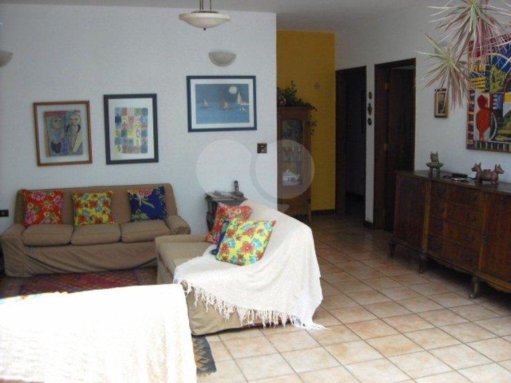 Casa de 2 dormitórios à venda em Vila Elvira, São Paulo - SP