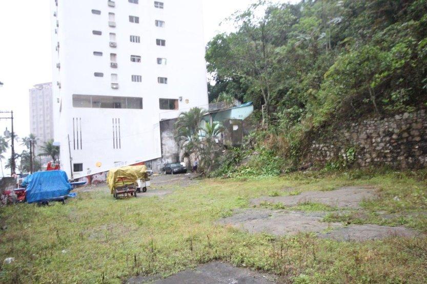 Terreno em Barra Funda, Guarujá - SP