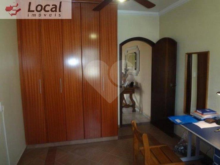 Casa de 3 dormitórios à venda em Siciliano, São Paulo - SP
