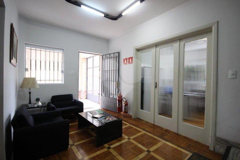 Padrão de 5 dormitórios à venda em Vila Nova Conceição, São Paulo - SP