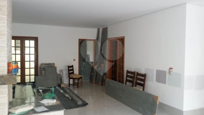 Casa de 5 dormitórios à venda em Vila Inglesa, São Paulo - SP