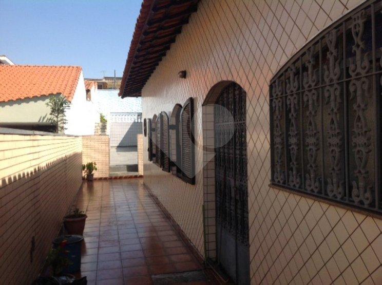 Casa de 3 dormitórios em Vila Talarico, São Paulo - SP