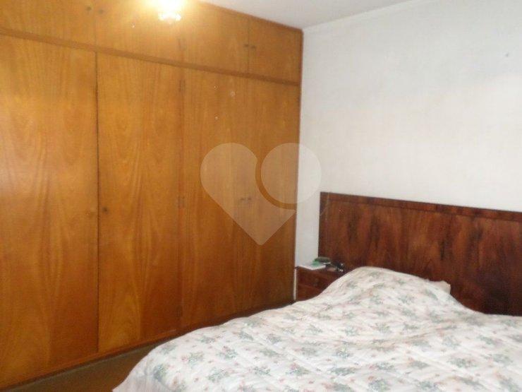 Padrão de 2 dormitórios à venda em Vila Olímpia, São Paulo - SP
