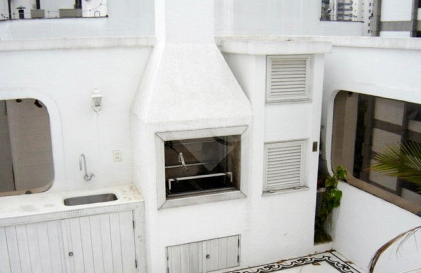 Cobertura de 3 dormitórios à venda em Vila Nova Conceição, São Paulo - SP