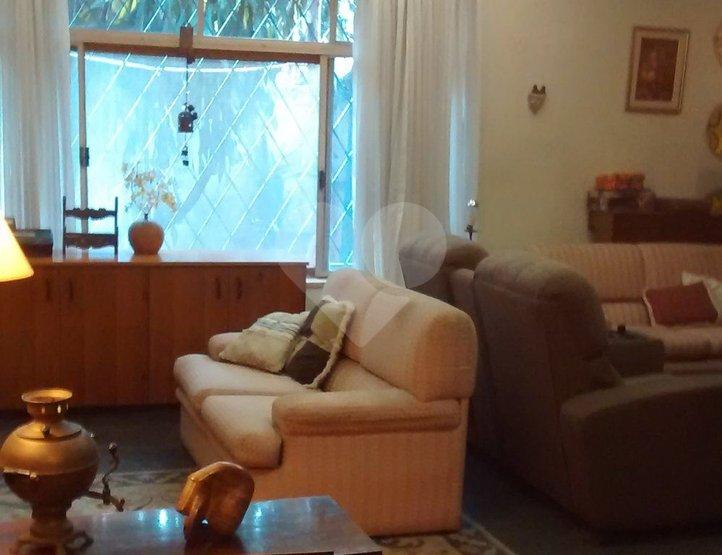 Casa de 3 dormitórios em Jardim Paulistano, São Paulo - SP