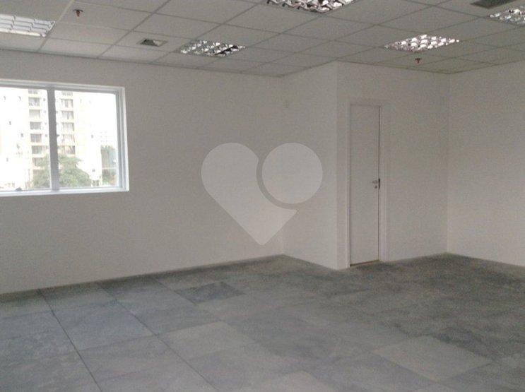 Sala em Barra Funda, São Paulo - SP