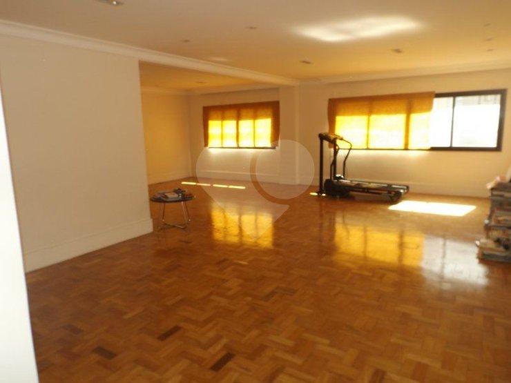 Apartamento de 3 dormitórios em Jardim Paulista, São Paulo - SP