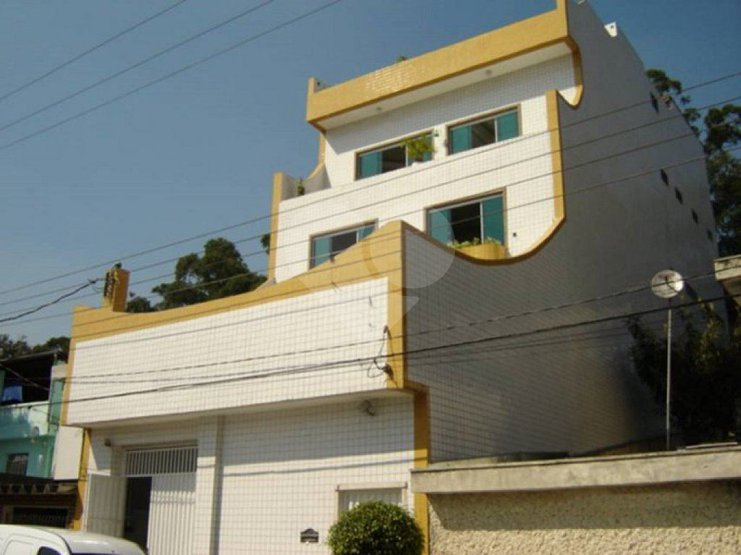Prédio Inteiro de 5 dormitórios à venda em Nova Petrópolis, São Bernardo Do Campo - SP