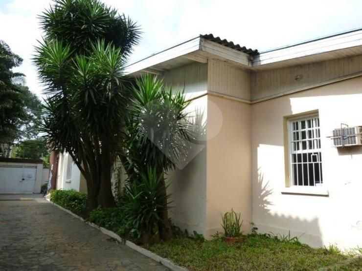 Casa de 6 dormitórios em Jardim Paulista, São Paulo - SP