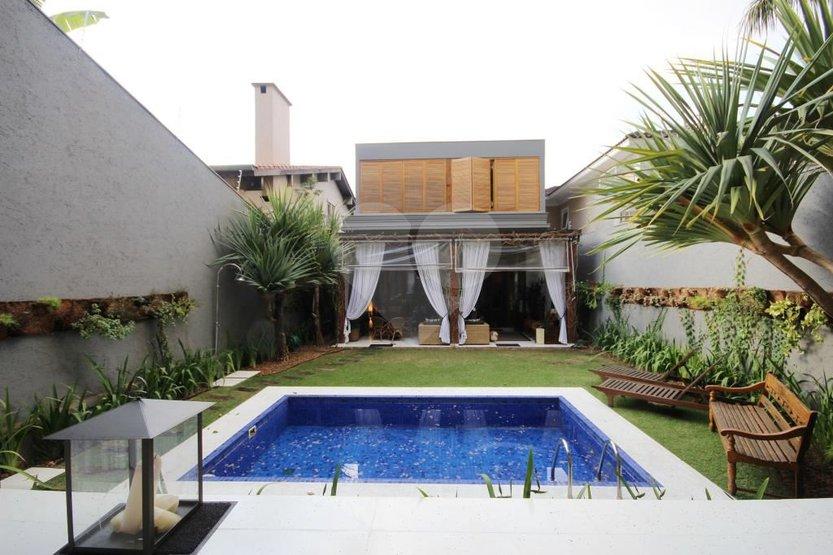 Casa de 4 dormitórios à venda em Jardim Viana, São Paulo - SP