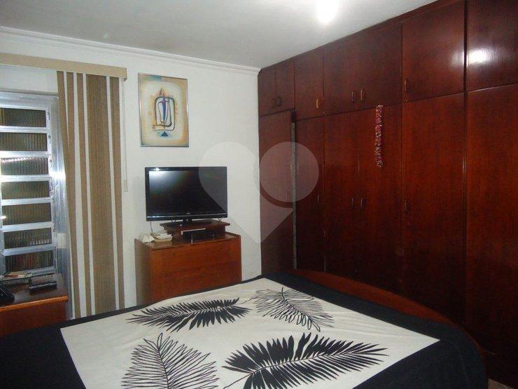 Padrão de 6 dormitórios em Canhema, Diadema - SP