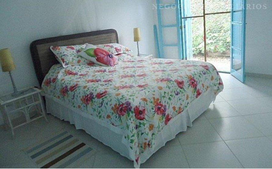 Casa de 3 dormitórios em Balneário Praia Do Pernambuco, Guarujá - SP