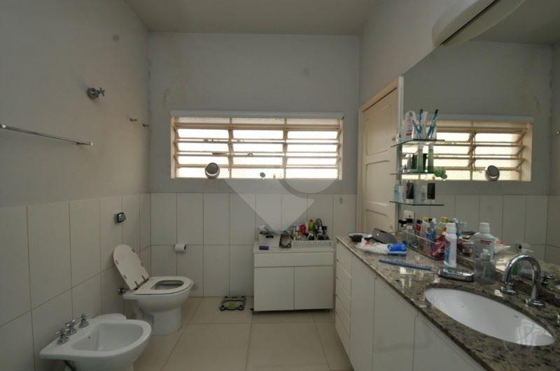 Casa de 3 dormitórios em Cerqueira César, São Paulo - SP