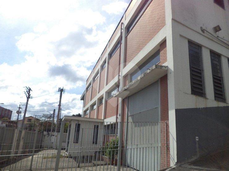 Prédio Inteiro em Ayrosa, Osasco - SP