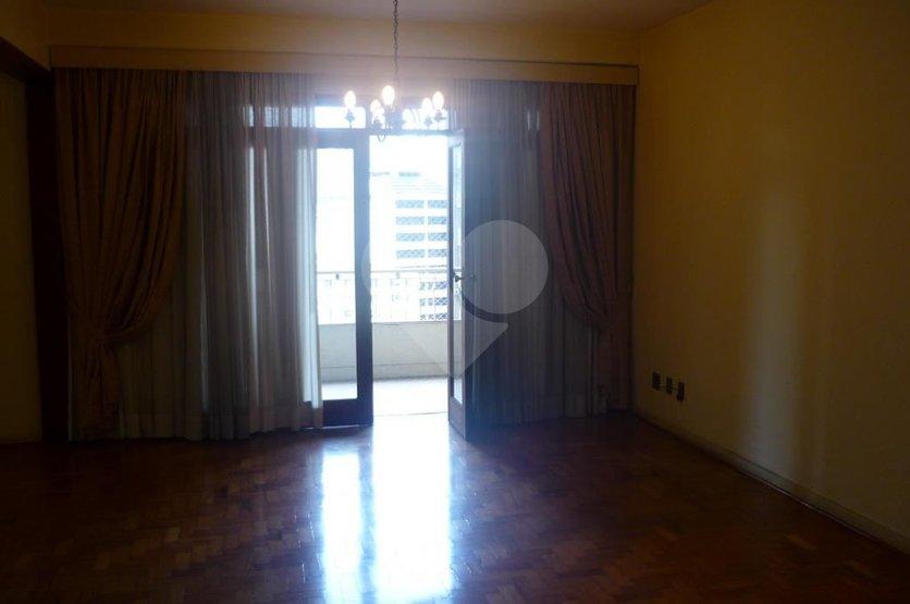 Apartamento de 3 dormitórios à venda em República, São Paulo - SP