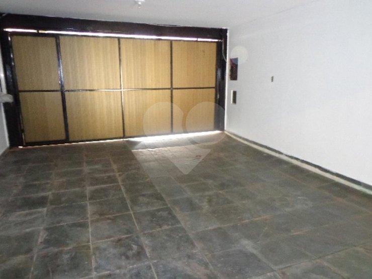 Casa de 3 dormitórios à venda em Vila Firmiano Pinto, São Paulo - SP