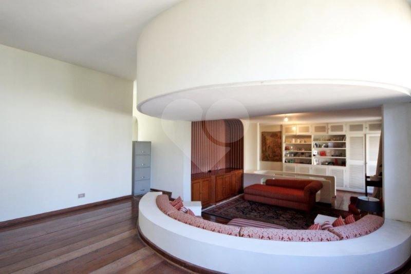 Casa de 5 dormitórios à venda em Jardim América, São Paulo - SP