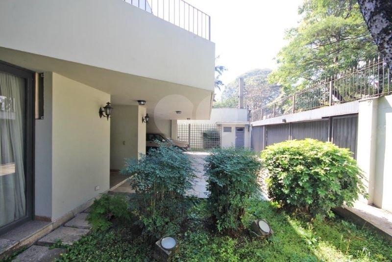 Casa de 5 dormitórios em Jardim América, São Paulo - SP