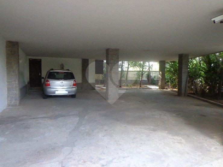 Casa de 5 dormitórios à venda em Jardim Everest, São Paulo - SP