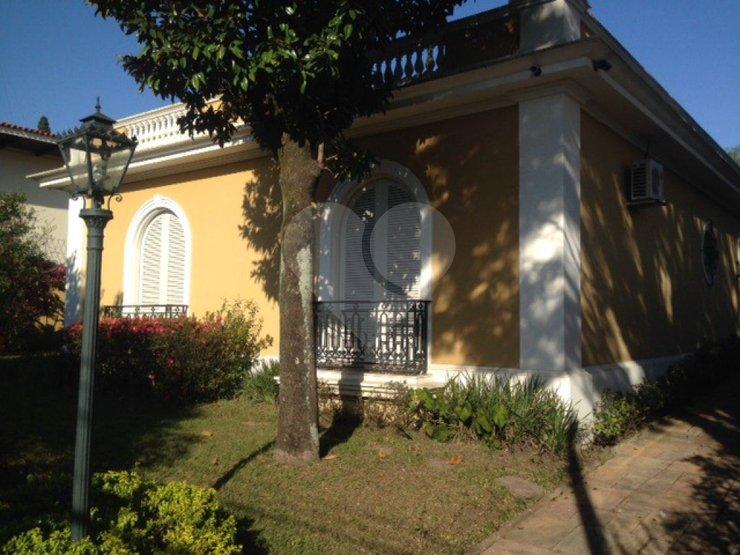 Casa de 4 dormitórios à venda em Jardim Europa, São Paulo - SP