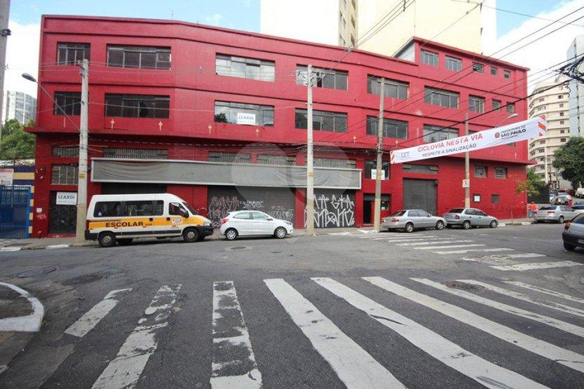 Prédio Inteiro à venda em Bela Vista, São Paulo - SP