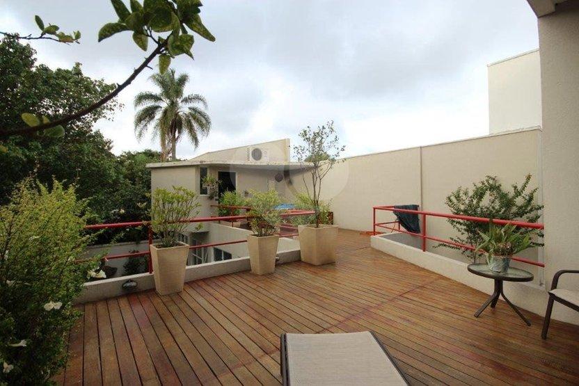 Casa de 3 dormitórios à venda em Jardim Paulista, São Paulo - SP