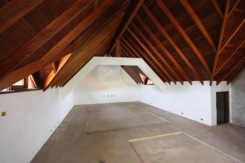 Casa de 6 dormitórios à venda em Residencial Tamboré, Barueri - SP