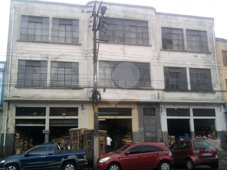 Prédio Inteiro em Centro, São Paulo - SP