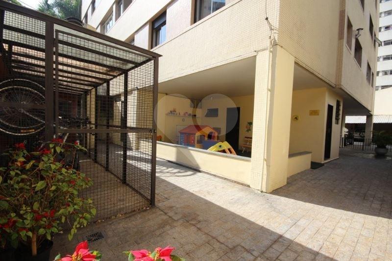 Padrão de 2 dormitórios à venda em Moema, São Paulo - SP