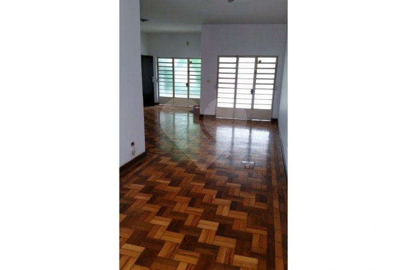 Casa de 6 dormitórios à venda em Campo Belo, São Paulo - SP