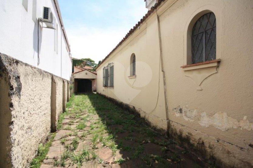 Padrão de 3 dormitórios em Jardim América, São Paulo - SP