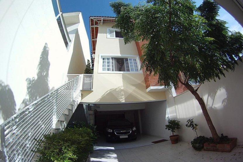 Casa de 3 dormitórios em Paraíso Do Morumbi, São Paulo - SP