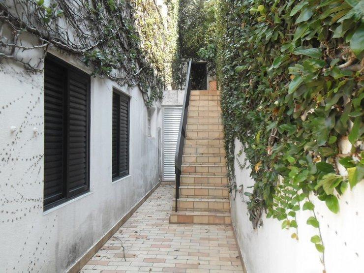 Casa de 4 dormitórios à venda em Jardim Everest, São Paulo - SP