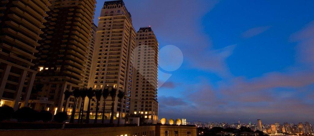 Apartamento de 4 dormitórios em Jardim Panorama, São Paulo - SP