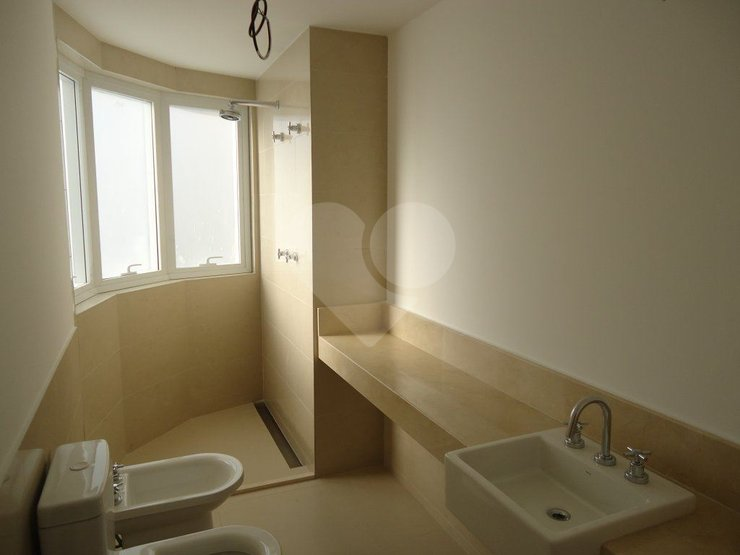 Apartamento de 4 dormitórios em Vila Olímpia, São Paulo - SP