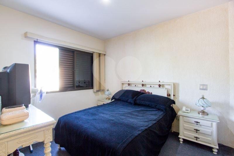 Casa de 5 dormitórios em Cidade Jardim, São Paulo - SP
