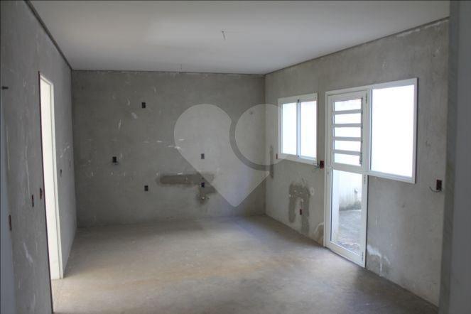 Casa de 4 dormitórios à venda em Jardim Morumbi, São Paulo - SP