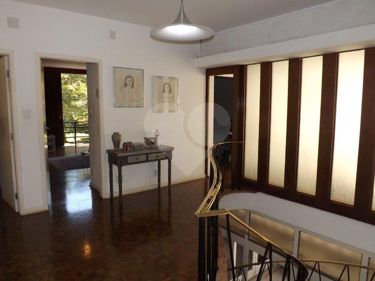 Casa de 5 dormitórios à venda em Jardim Paulistano, São Paulo - SP
