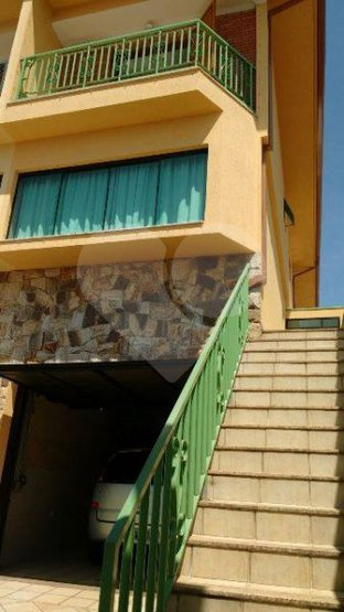 Casa de 4 dormitórios à venda em Vila Pereira Barreto, São Paulo - SP